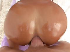 MILF with nice ass gets oiled before her anal feasted by big cock