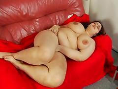 Nicely plump Oxana