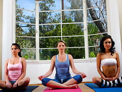 Yoga Munch