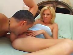Blonde Slut Fucked By Large Cocks
