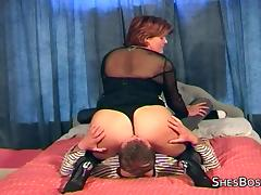 Big butt mature facesits and orgasms from pussy tasting and licking