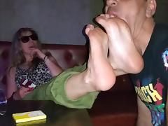 greek footdom humilliation in club!!!!!