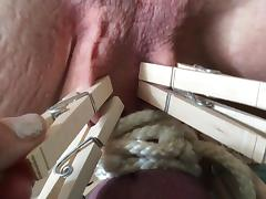 Mistress unclamps the tramp