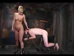 Mistress Femdom strapon
