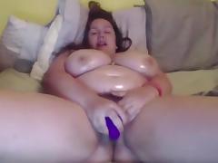 Webcam BBW dildoes to orgasm