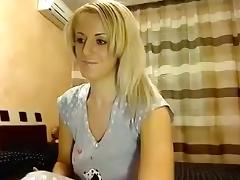 Blonde Peach hard fucks herself silicone phallus