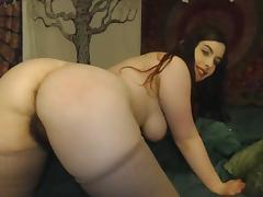 BBW with hairy ass and pussy plays on webcam