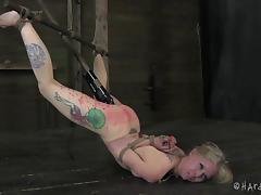Nice ass toy fetish babe in bondage coping up with torture