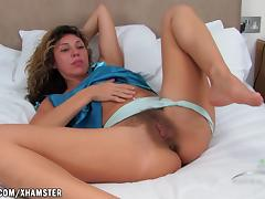 Bed, Bed, Fingering, French, Hairy, Masturbation