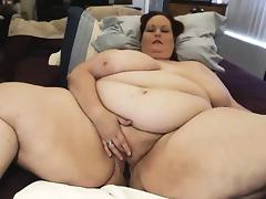 Webcam fat bbw woman plays her amazing tiny pussy
