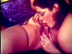 Clit Licking Housewives Enjoying It 1970