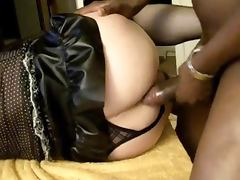 Mature Amateur CD Working On Huge Black Cock