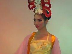 Kathoeys Ladyboys of Thailand part 4 CC