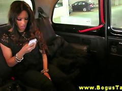 Real ebony babe sucks and fuck in a taxi