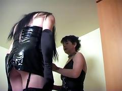Training slut hole