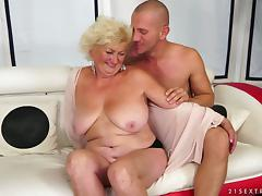 Tamara the horny granny gets toyed and fucked on a sofa