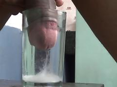 Water Cumshot huge..
