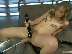 Chastity Lynn gets her ass stunningly drilled by a fucking machine
