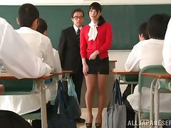 Asian Kana Yume Taken to a Classroom to Show How She Masturbates